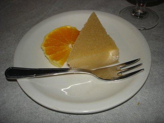 Xeri Elia Douskos: Halva dessert to finish a meal