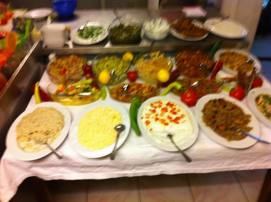 Ruhi Bey : mezze tasting table