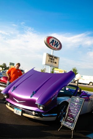 A&W Drive-In: Cruise Night at the Dub
