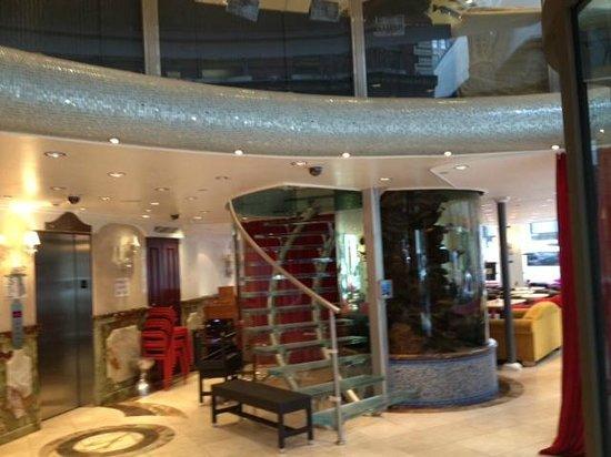 Flatiron Hotel : The lobby