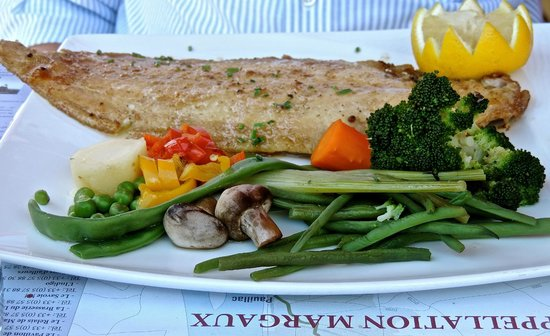 Restaurant Le Savoie : Lemon Sole & Soggy Vegetables