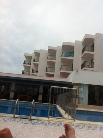 Nereida Aparthotel: Pool Area and some of the apartments