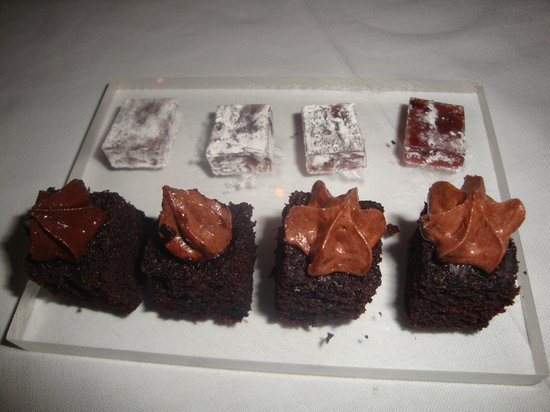 """DW 11-13: """"Mignardises"""" offered by the Chef"""