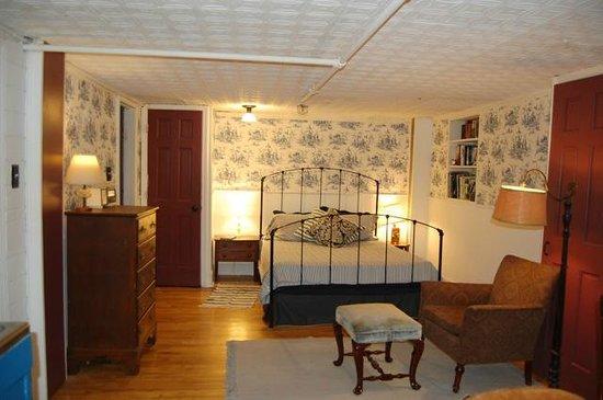 Jones Street Guesthouse: First Floor Sleeping Area