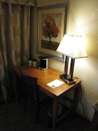 Isaac Jackson Hotel: Desk