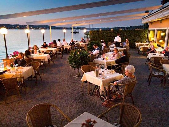 Schloss Berg Hotel: mooie avond