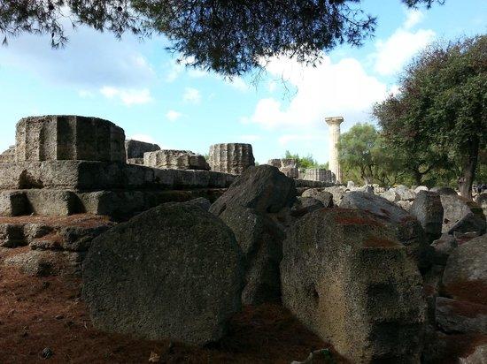 แองเชี่ยน โอลิมเปีย (อาร์ไชย่า โอลิมเปีย): Temple of Zues