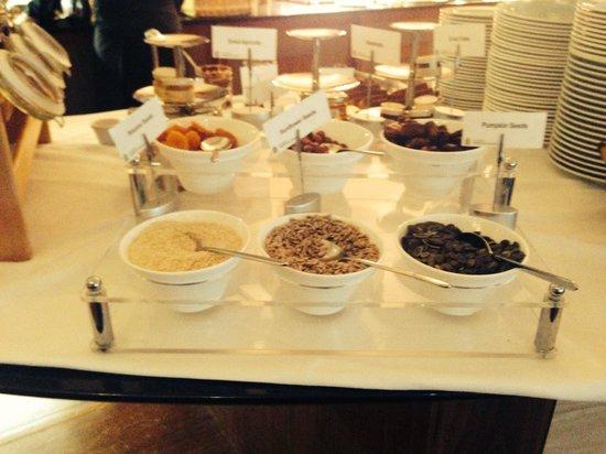 Radisson Blu Hotel & Spa, Galway : Buffet breakfast