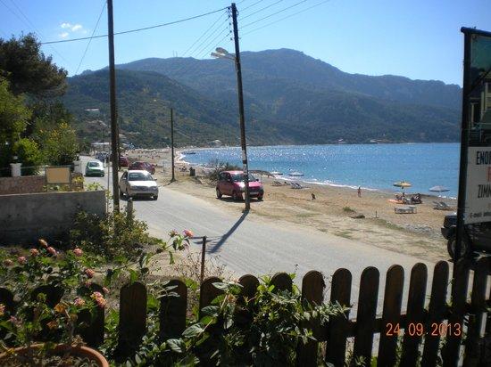 Ammos Seaside in Saint George: view3