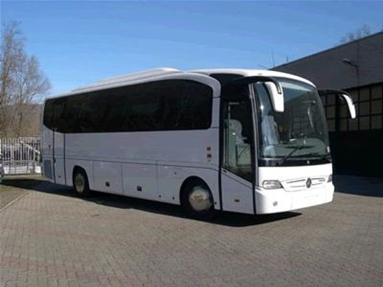coach gt mercedes 30 35 seater picture of icare limo coach services private day tours. Black Bedroom Furniture Sets. Home Design Ideas