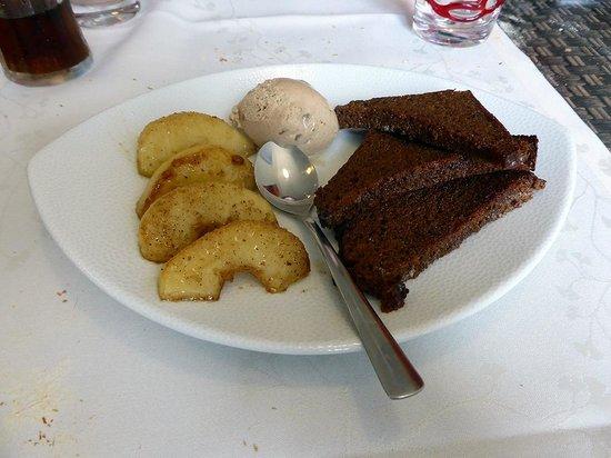 Hotel Restaurant La Pomme d'Or : le dessert au pain d'épices et glace cannelle