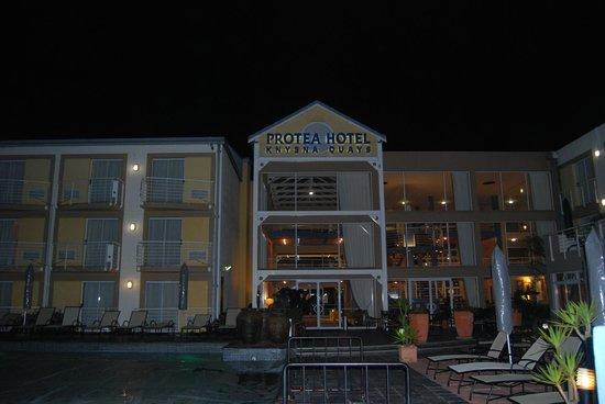 Protea Hotel by Marriott Knysna Quays: Exterior del hotel