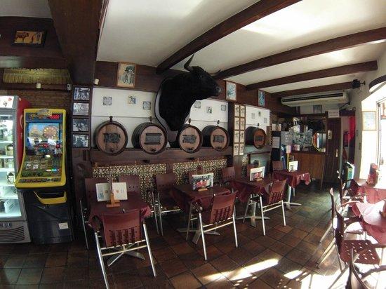 Interior Bar El Toro