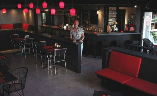 Scout's Place Restaurant & Bar: The new renovated Scout's Lounge in 2013