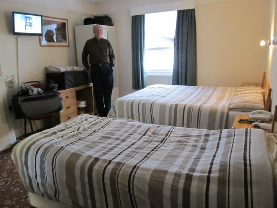 Stanley House: Our double room on the third floor