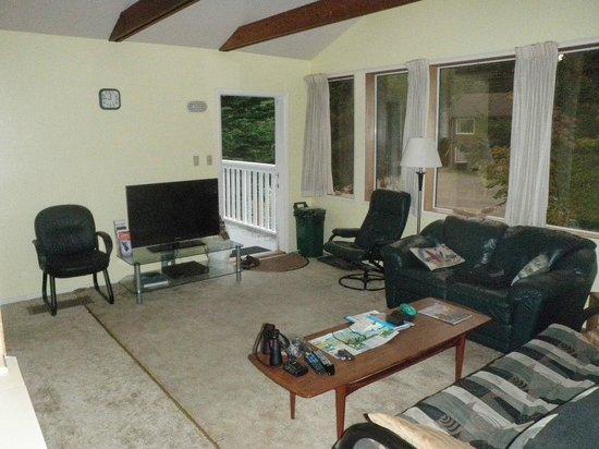 Tofino Ospray Lodge: Gemeenschappelijke ruimte / Livingroom