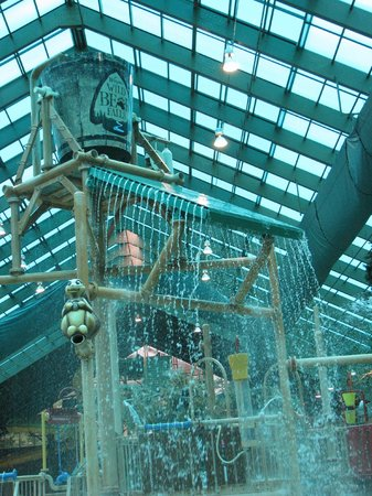 Wild Bear Falls Waterpark- TEMPORARILY CLOSED: Middle play area for older kids/water pours down every so often for a BIG SPLASH
