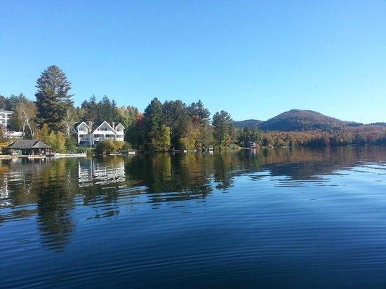 Mirror Lake Inn Resort & Spa: Mirror Lake in the Fall