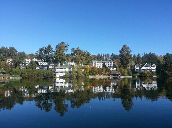 Mirror Lake Inn Resort & Spa: Panorama of Hotel