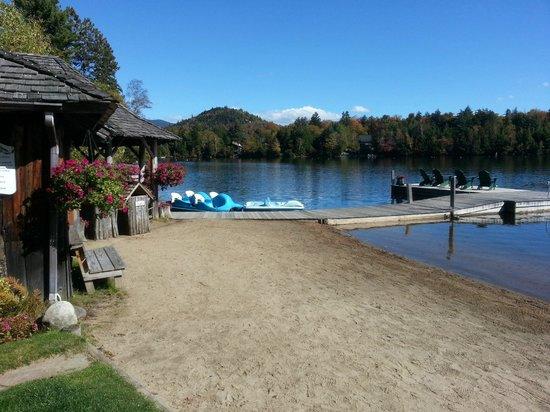Mirror Lake Inn Resort & Spa : Beach area...