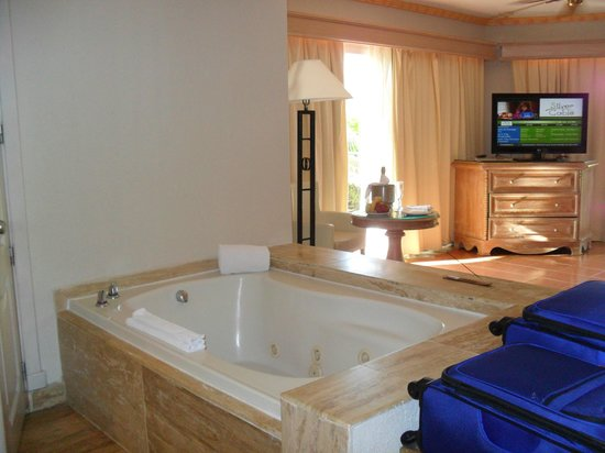 Excellence Punta Cana: Jacuzzi