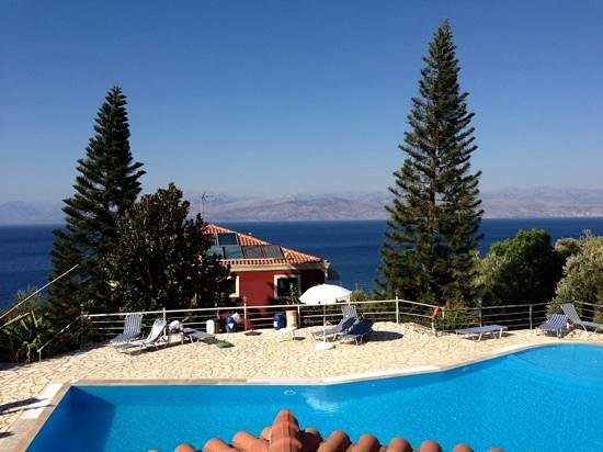 Apraos Bay Hotel: Just chill and relax