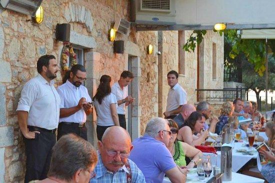 Personeel Restaurant Akrogiali.
