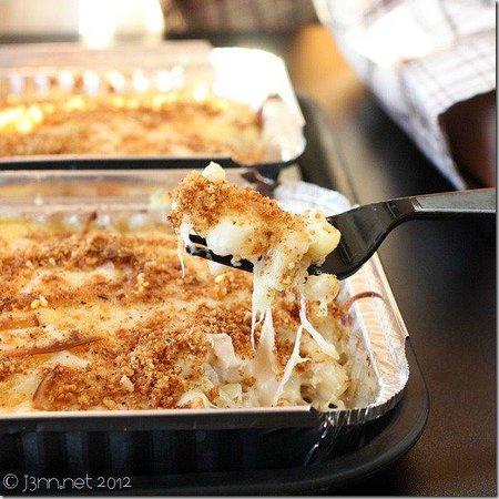 MIX N MAC - MAC & Cheese: Crazy Whitey MAC