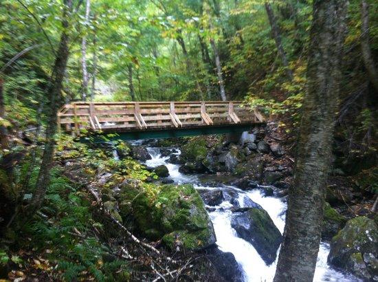 Uisge Ban Falls : New Bridge