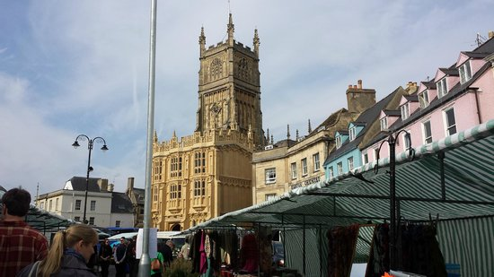 Parish Church of St John Baptist: view of the church from the market place in center of town