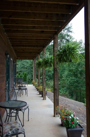 Long Mountain Lodge: Our Patio