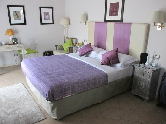 Althea Inn Roof Terrace : Beautiful room