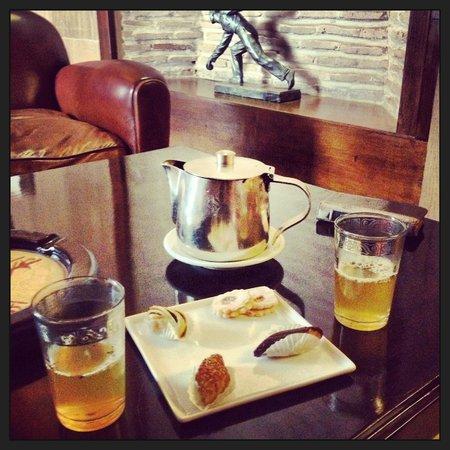Villa Makassar : thé à la menthe de bienvenue