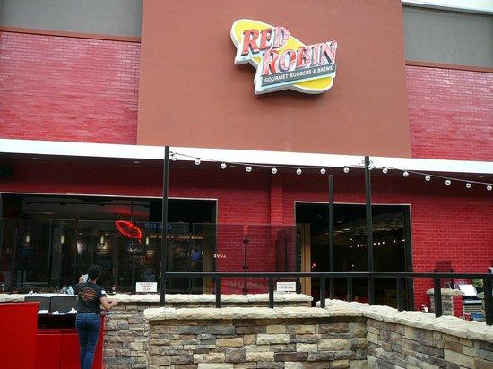 red robin gourmet burgers west nyack restaurant reviews photos tripadvisor. Black Bedroom Furniture Sets. Home Design Ideas