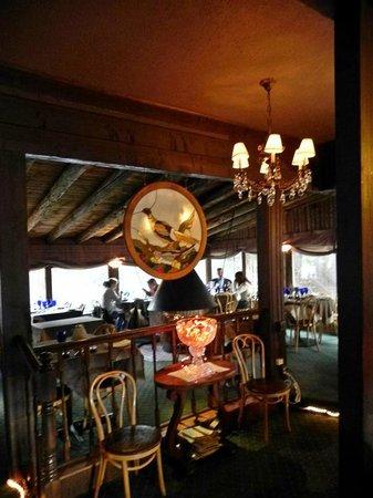 Rapids Lodge Restaurant : Bar