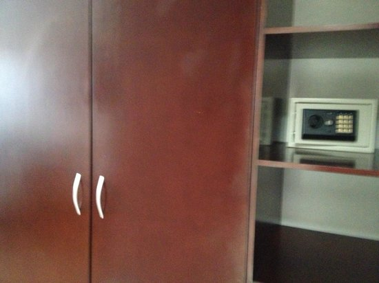Hotel Dubrovnik : closet