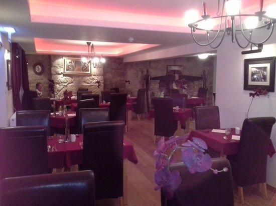 The Waterwheel Restaurant: Dining room