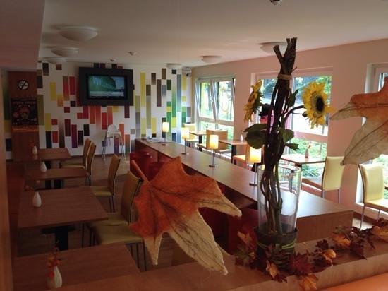 B&B Hotel Stuttgart-City: sala colazione