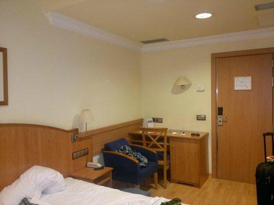 Hotel II Castillas: Our room