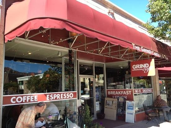 Grind Coffee House: front view...on Main Street