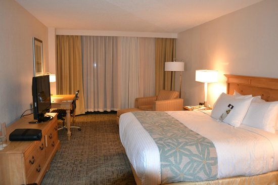 DoubleTree by Hilton Hotel Atlantic Beach Oceanfront : King Room