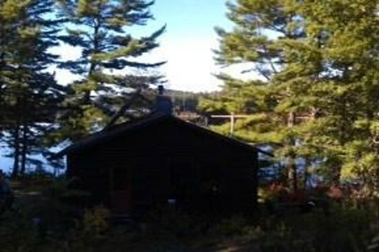 Williams Pond Lodge: Another early morning view from our cabin