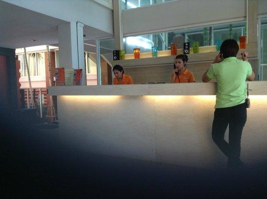 FuramaXclusive Sandara Hua Hin: Reception