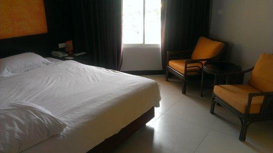 FuramaXclusive Sandara Hua Hin: bedroom