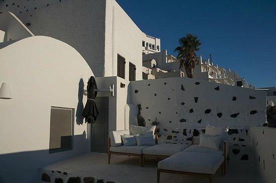 Belvedere Santorini : Outside our room