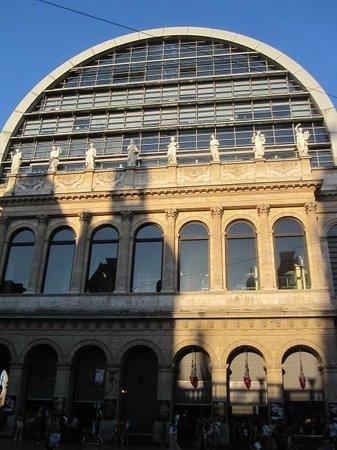Opéra National de Lyon : Opéra di Lione.