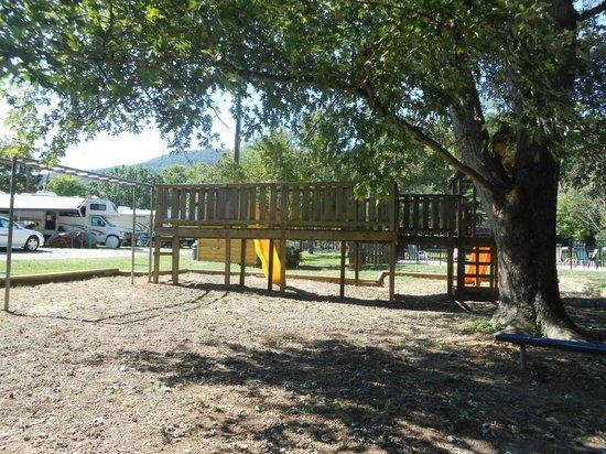 Raccoon Mountain RV Park and Campground: playground