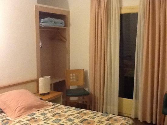Hotel Tarongeta : Room