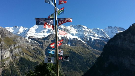Mountain Hostel: WORLD SIGN - Mtn Hotel - Gimmelwald