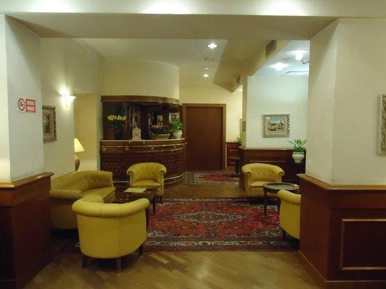 Hotel Torino : Ambiente perto da recepção